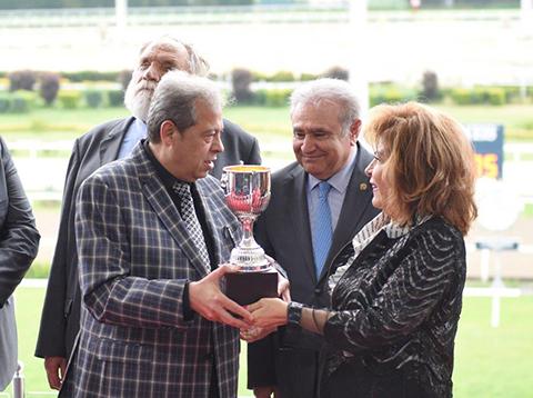 Osman Yağmurdereli... GELENEKSEL KOŞUDA KUPA SAHİBİNİ BULDU!