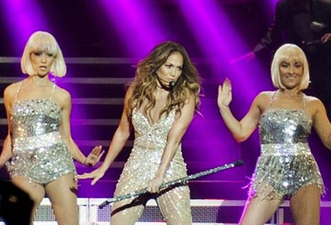 Jennifer Lopez...ANTALYA'DA DİNLEMEK İSTEYEN SERVET ÖDEYECEK!