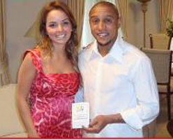 Roberto Carlos... BU KEZ EVLİLİK İÇİN İMZALADI!