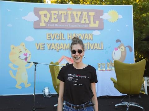 """""""Petival""""... YAKLAŞIK 30.000 HAYVANSEVERİ BULUŞTURAN FESTİVAL!.."""