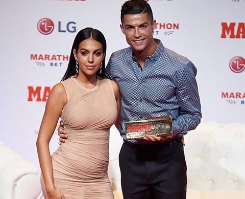 Cristiano Ronaldo... BEŞİNCİ ÇOCUK GELİYOR!