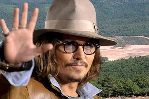 Johnny Depp...KAZDAĞLARI İSYANI!