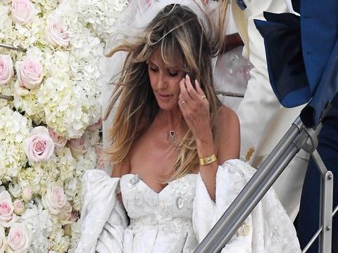 Heidi Klum... SOSYAL MEDYA HESABINDAN ÜSTSÜZ FOTOĞRAF PAYLAŞTI!..