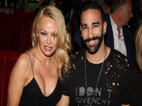 Pamela Anderson… FENER'İN YENİ TRANSFERİNİN ESKİ SEVGİLİSİ!
