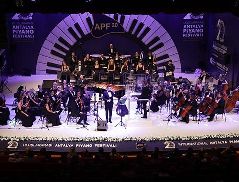 Uluslararası Antalya Piyano Festivali...20.YILINDA MUHTEŞEM AÇILIŞ!
