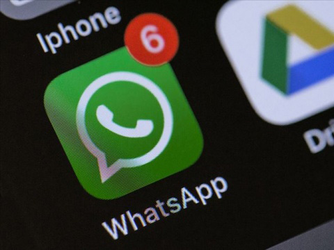 """WhatsApp... """"KARANLIK MOD"""" GELDİ!.."""
