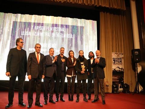 """7.Kayseri Film Festivali... """"ALTIN ÇINAR"""" LAR SAHİPLERİNİ BULDU!.."""