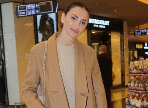 Emina Jahovic - Mustafa Sandal...YENİ YILA AİLECE GİRECEKLER!