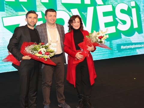 İBB Şehir Tiyatroları Sanatçıları...KARİYER ZİRVESİ'NDE GENÇLERLE BİR ARAYA GELDİ!..