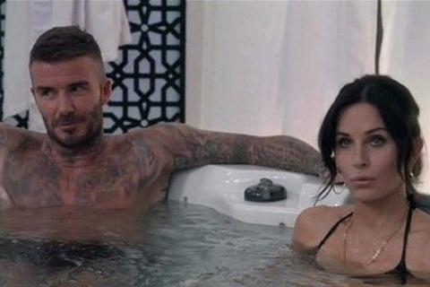David Beckham...KİMİNLE KÜVETE GİRDİ?