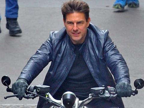 Tom Cruise...CORONA VİRÜS O'NU DA VURDU!