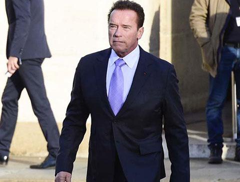 Arnold Schwarzenegger...ROBOTUNU YAPAN ŞİRKETE MİLYON DOLARLIK DAVA!