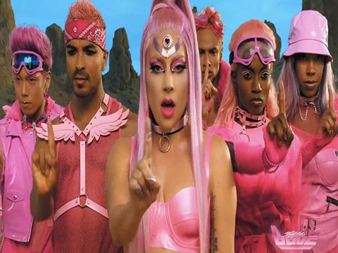 "Lady Gaga... ""STUPID LOVE"" KLİBİNDE TÜRK İMZASI!.."
