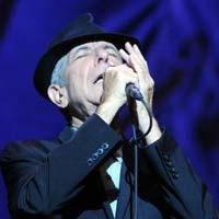 Leonard Cohen... DOLUNAYDA, İSTANBUL'DA ROMANTİZM DORUKLARDAYDI!