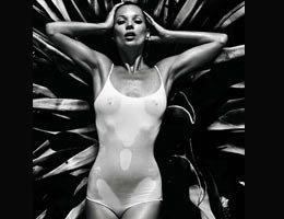 Kate Moss...İŞTE ÇIPLAK POZ BUDUR!...