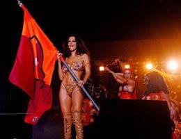 Sabrina Ferilli...ROMA ŞAMPİYON OLURSA YİNE SOYUNACAK!...