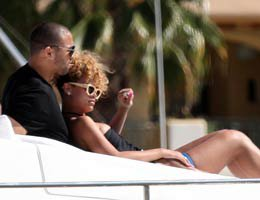 Rihanna...''BEYZBOLCU MATT AŞKIMDIR''!...