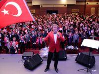 """EROL EVGİN'DEN """"ATA'YA SAYGI KONSERİ"""""""