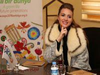 Otilia... ROMANYA'LI POP STAR ANTALYA'YA KAUÇUK AĞACI DİKTİ !..