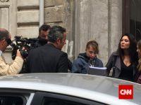 Paramparça...  KAMERA ARKASI CNN INTERNATIONAL'DA!