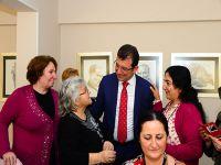 Beylikdüzü Belediye Başkanı Ekrem İmamoğlu... ÜRETEN KADINLARIN YANINDA...