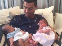 Cristiano Ronaldo... TAŞIYICI ANNEDEN İKİZ BABASI OLDU!