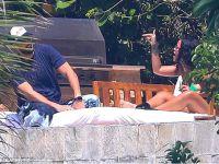 Rihanna... ATARA ATAR, GİDERE GİDER!