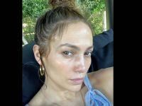 Jennifer Lopez ... MAKYAJSIZ HALİNİ PAYLAŞTI, SOSYAL MEDYA YIKILDI!..