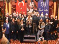 İBB Şehir Tiyatroları... 44. İSMET KÜNTAY ÖDÜLLERİ'NDE 3 ÖDÜL!..