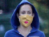 Kate Hudson...ÖPÜCÜKLÜ MASKESİYLE LOS ANGELES SOKAKLARINDA!..